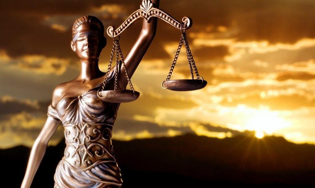 Para Mayor Compensación Consulte con los Abogados de Contratos de Compensación Laboral Cercas de Mí en Bakersfield California