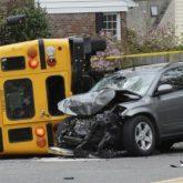 Los Mejores Abogados en Español Expertos en Demandas de Accidentes de Camión en Bakersfield California