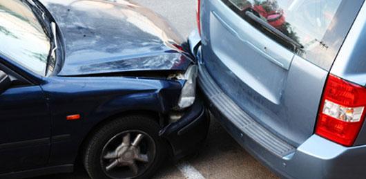 La Mejor Oficina Legal de Abogados Expertos en Accidentes de Carros Cercas de Mí en Bakersfield California